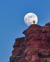 Bell Rock,sedona,moon,arizona
