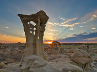 Valley of Dreams, badlands, New Mexico, Alien throne