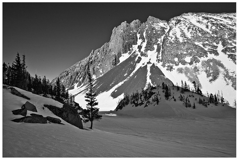 Lake Agnes,crags,cameron,Winter, photo