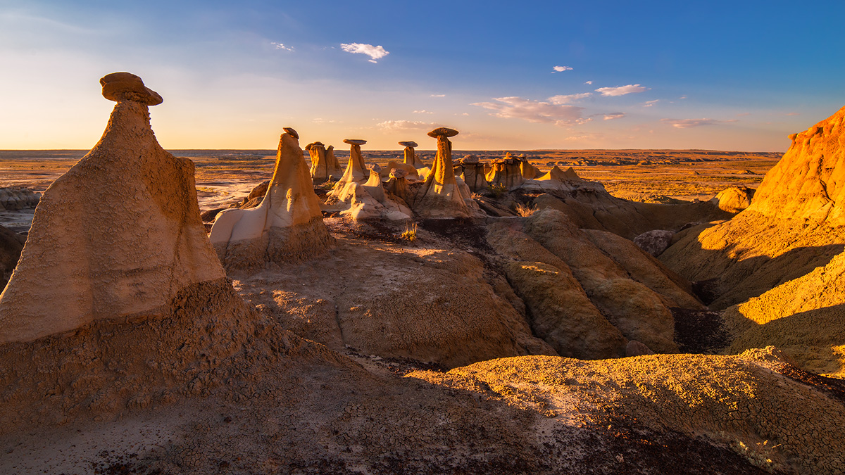Ah Shi Sle Pah, New Mexico, hoodoos, badlands, sunset, photo