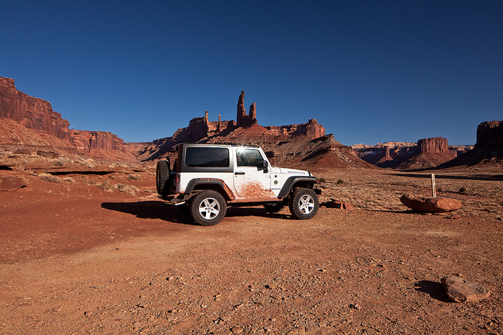 Jeep,Taylor Canyon,Canyonlands,Utah, photo