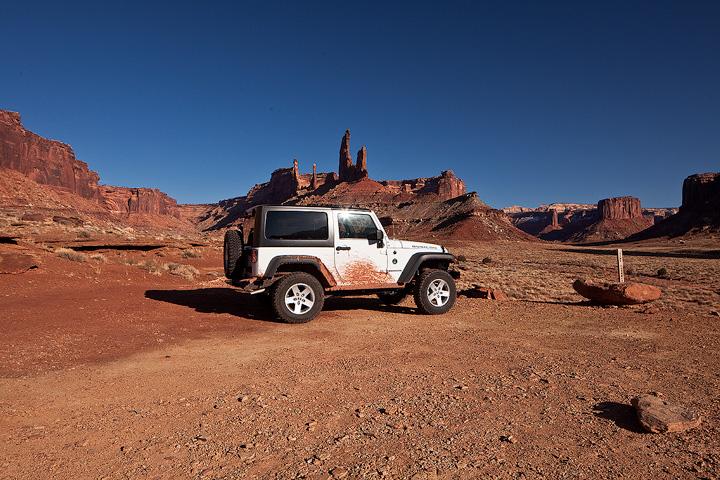 Jeep,Taylor Canyon,Canyonlands,Utah, photo