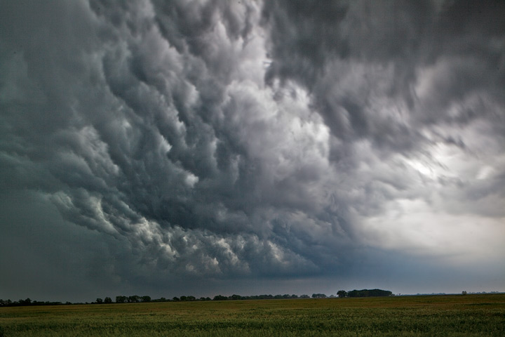 turbulence,kansas, photo