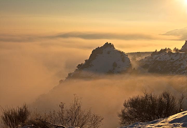 Colorado National Monument,fog,sunrise, photo