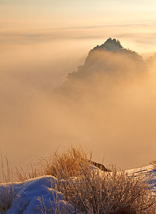 Colorado National Monument,fog, photo