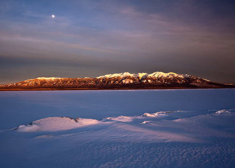 Winter,San Luis Lake,moonrise, photo