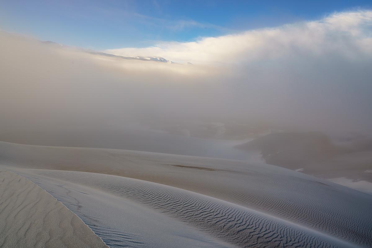 fog, Great Sand Dunes, Colorado, photo