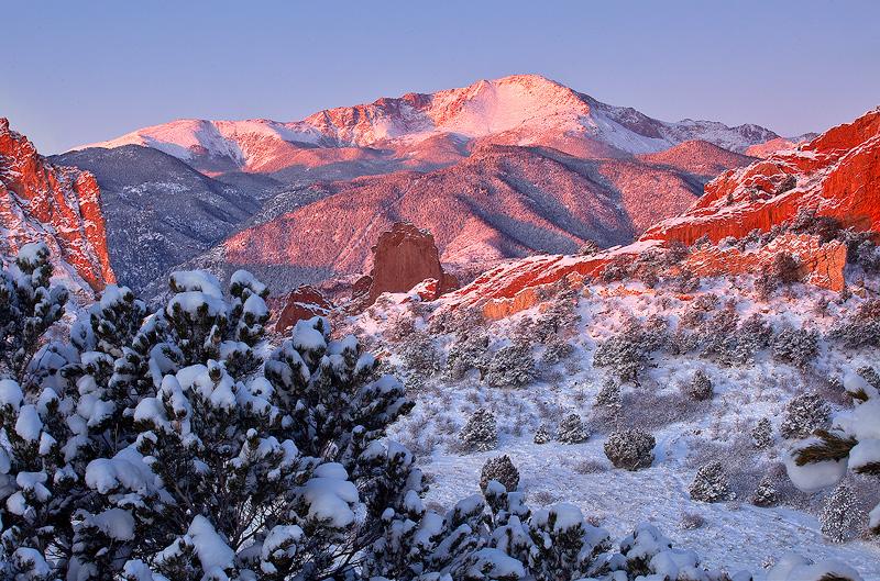 Garden of the Gods,Colorado,sunrise,Pikes Peak, photo