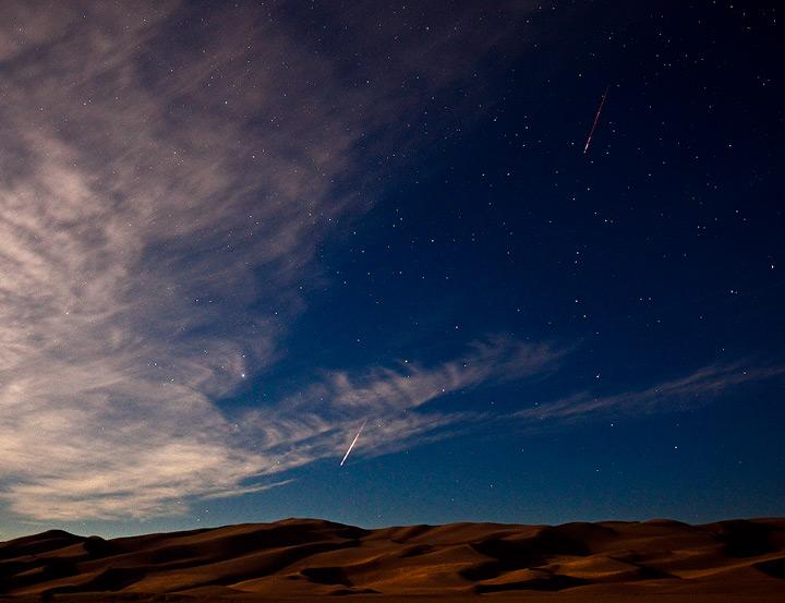 meteor,perseid,great sand dunes,Colorado, photo