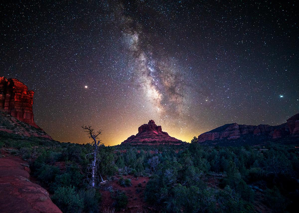 Bell Rock, Sedona, Milky Way, Arizona, photo