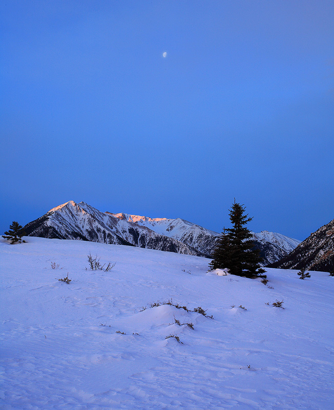 Sawatch,moonset,Twin Lakes,Colorado, photo