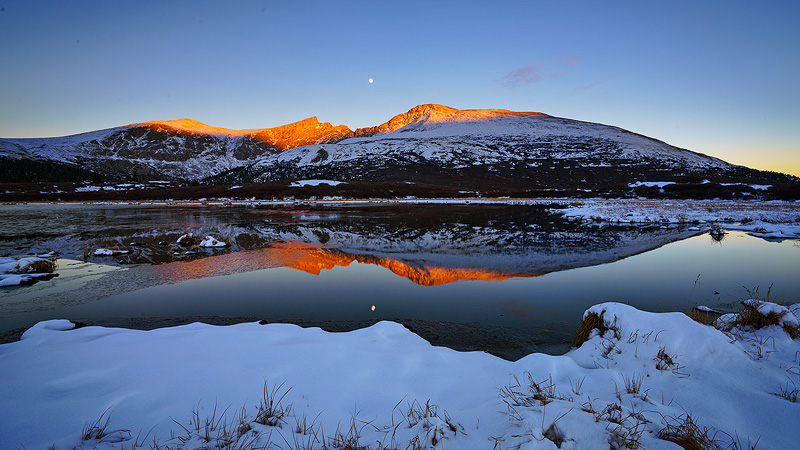 Mount Evans from Guanella Pass, after anOctober snowfall.