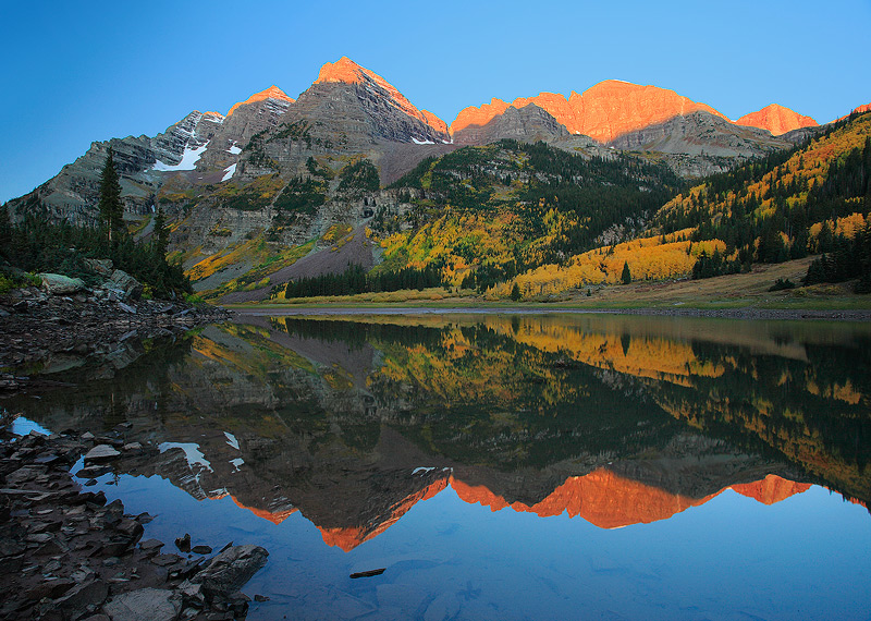 Maroon Bells,Crater Lake,Colorado, photo