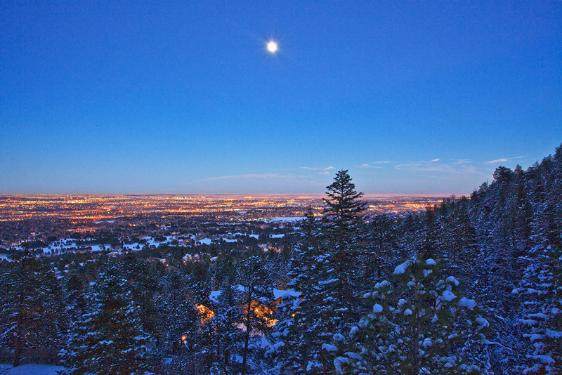 moonrise,Colorado Springs,Colorado, photo