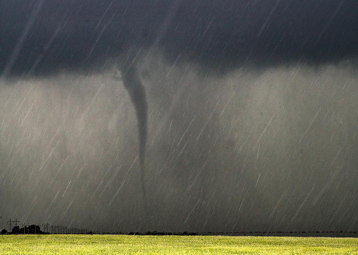tornado,rain,hail,cope,colorado, photo